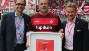 Ehrung lebenslange Mitglieder beim Spiel gegen St. Pauli