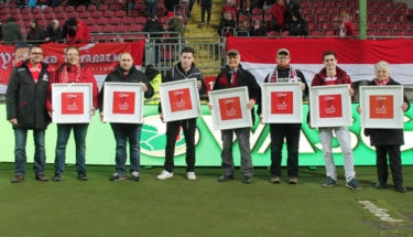 Ehrung lebenslange Mitglieder beim Spiel gegen Würzburg