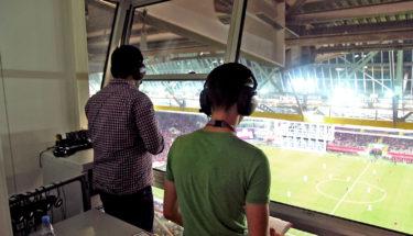 Reporter vom Fanradio während des Spiels