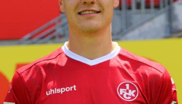 Portraitbild von Mittelfeldspieler Gino Fechner Saison 2017/18