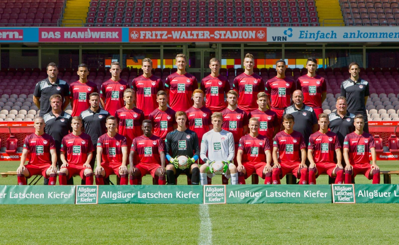 Mannschaftsfoto der U19 der Saison 2016/17
