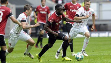 Osayamen Osawe im Dribbling, 19. August 2017, beim Auswärtsspiel in Düsseldorf