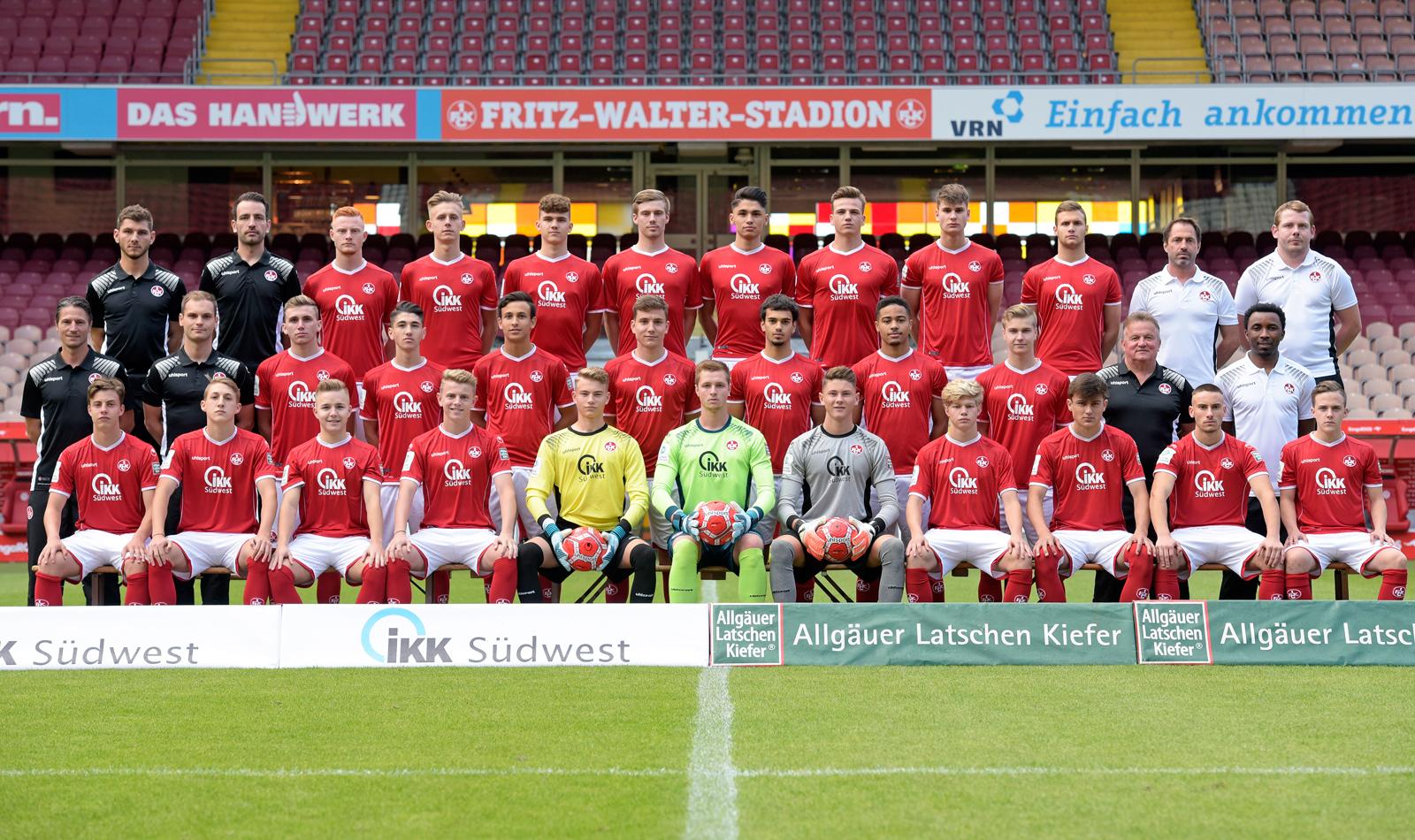 Das Mannschaftsfoto der FCK-U19 aus der Saison 2017/18