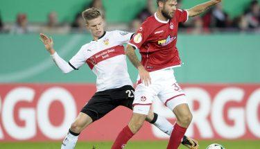 Lukas Spalvis behauptet den Ball im Zweikampf