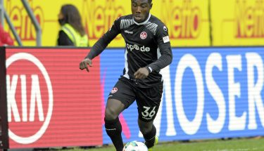 Manfred Osei Kwadwo im Spiel in Regensburg