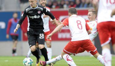 Nils Seufert im Spiel in Regensburg