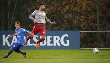 Leon Guwara im Test gegen Mainz 05 II