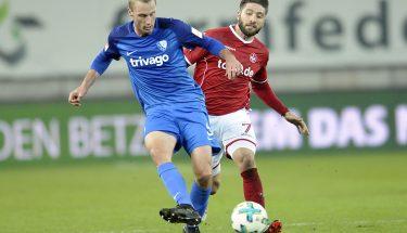 Brandon Borrello im Zweikampf in der Partie gegen Bochum