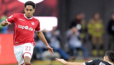 Phillipp Mwene im Spiel gegen Bielefeld.