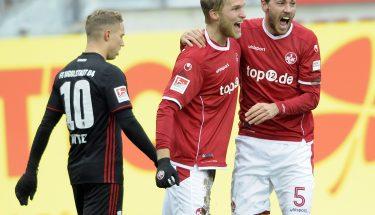 Sebastian Andersson und Benjamin Kessel jubeln im Spiel gegen den FC Ingolstadt