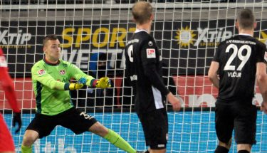 Jan Ole Sievers im Tor gegen Heidenheim.
