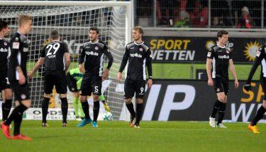 Die Mannschaft im Spiel gegen Heidenheim.