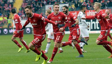 Lukas Spalvis jubelt nach seinem Treffer gegen den FC St. Pauli