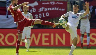 Lukas Spalvis im Spiel gegen den 1. FC Heidenheim