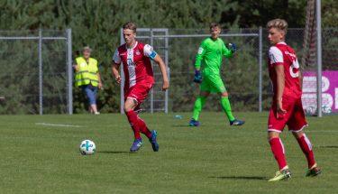Leon Hotopp im Spiel der U19 gegen Mainz