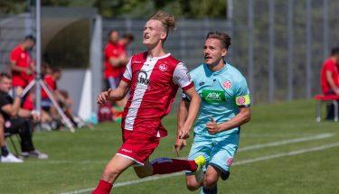 Daniel Blum im Spiel der U19 gegen Mainz