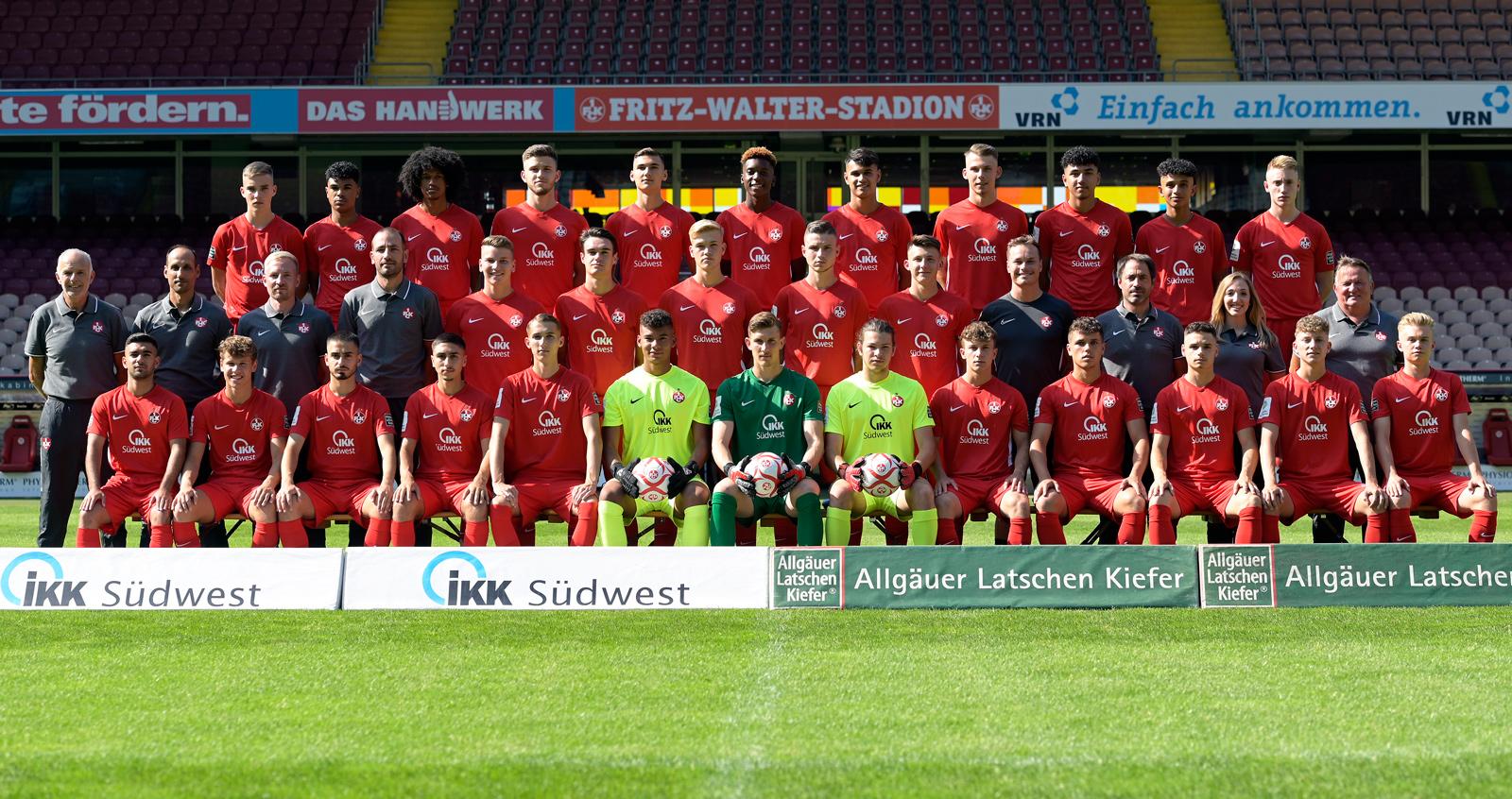 Mannschaftsfoto der FCK-U19 der Saison 2019/20
