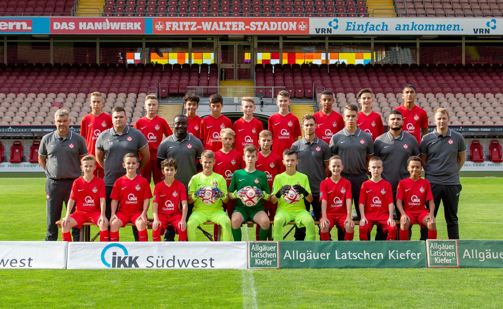 Mannschaftsfoto der FCK-U13 der Saison 2019/20
