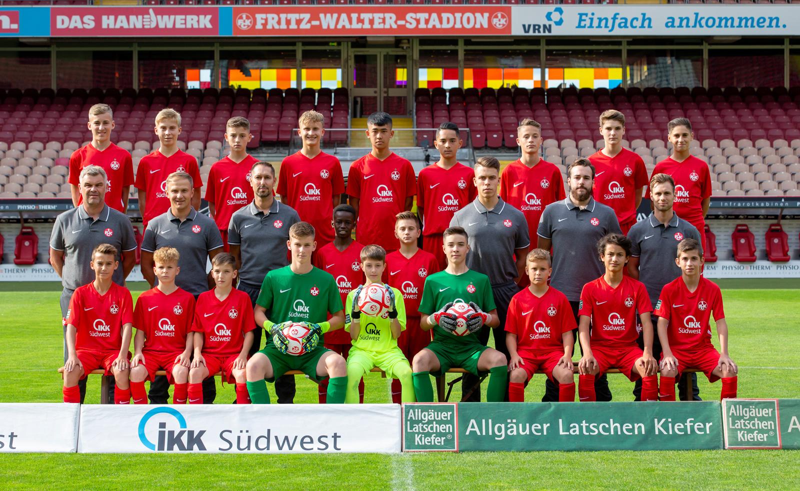 Mannschaftsfoto der FCK-U14 der Saison 2019/20