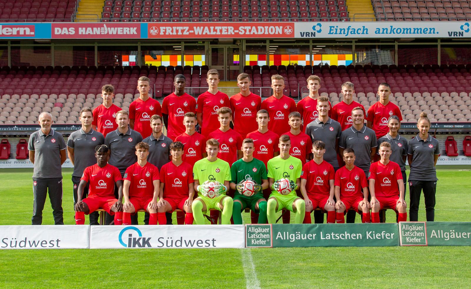 Mannschaftsfoto der FCK-U16 der Saison 2019/20