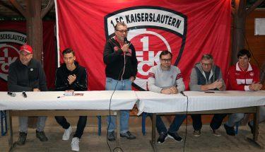 Horst Schömbs, Theo Bergmann, Michael Klatt und Jochen Grotepaß waren beim Fanregionsfest in Monzingen zu Gast
