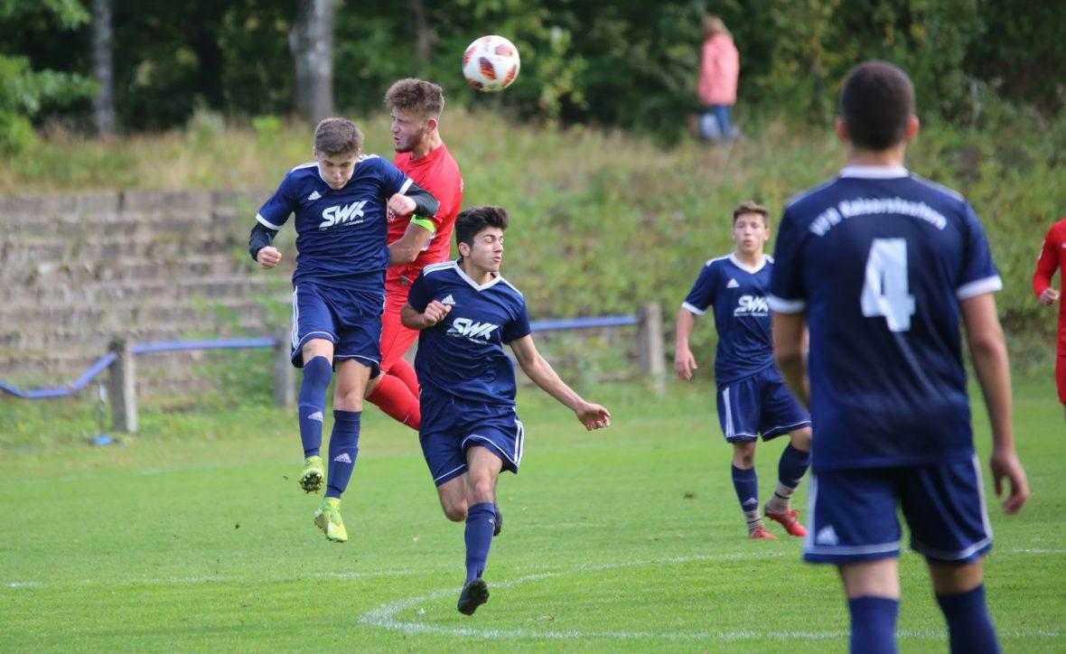 Andi Brahaj im Spiel der U19 beim VfR Kaiserslautern