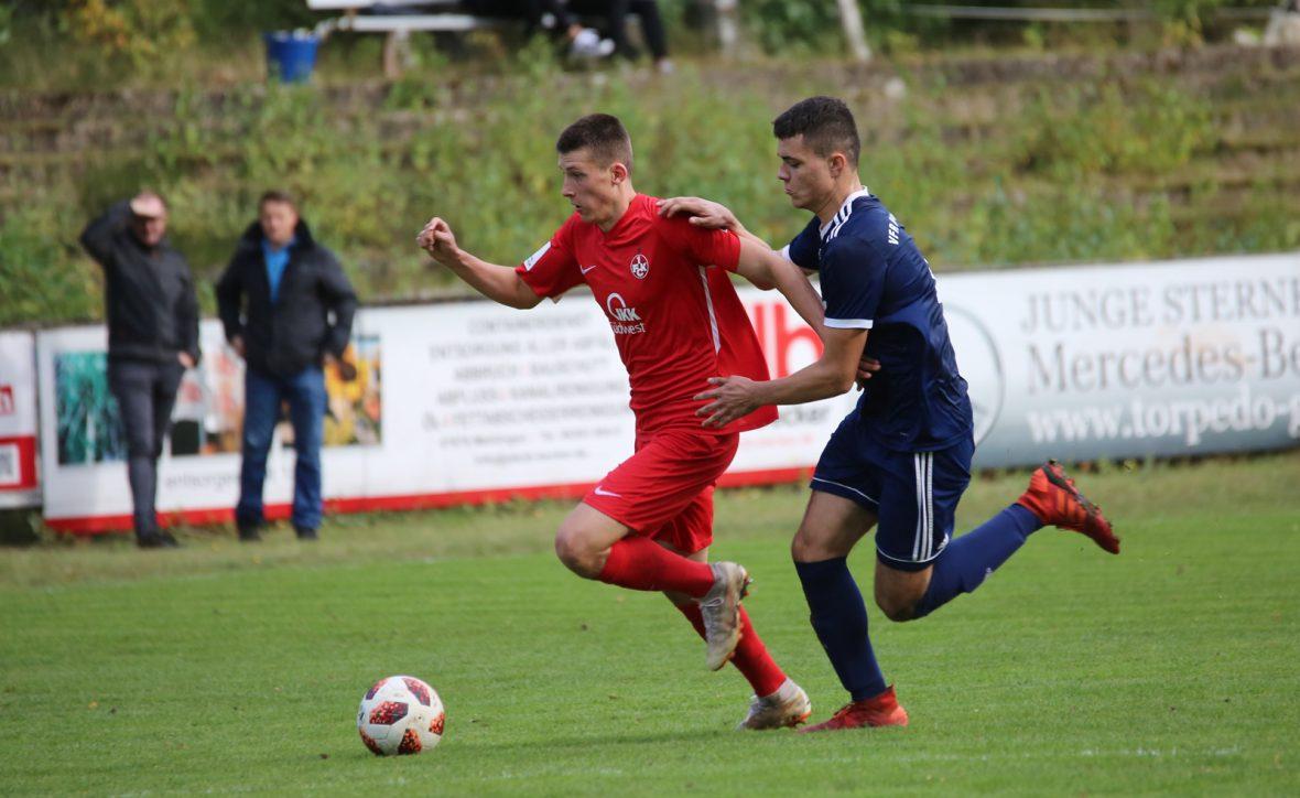 Tom Woiwod im Spiel der U19 beim VfR Kaiserslautern
