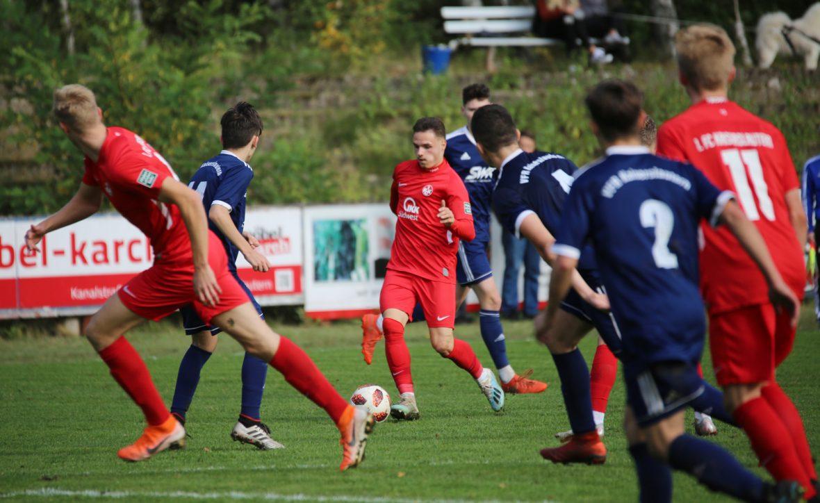 Robin Kölle im Spiel der U19 beim VfR Kaiserslautern
