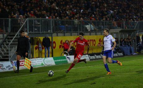 Dominik Schad und Sascha Hammann im Verbandspokalspiel beim FK Pirmasens