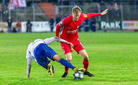 Andri Rúnar Bjarnason im Verbandspokalspiel beim FK Pirmasens