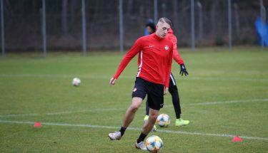 Jannis Held beim Trainingsauftakt der FCK-U21