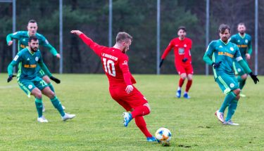 Jonas Singer im Testspiel der U21 gegen den FC Homburg