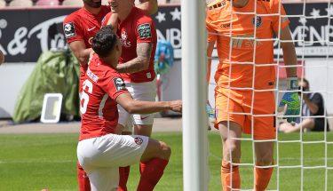 Torjubel nach dem 2:0 von Florian Pick gegen den KFC Uerdingen