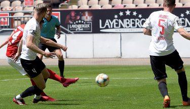 Christian Kühlwetter erzielt das 1:0 gegen Viktoria Köln