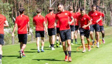 Philipp Herrmann, Anil Aydin, Andi Brahaj und Dylan Esmel beim Trainingsauftakt der U21