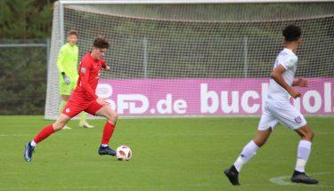 David Hoor im Heimspiel der U17 gegen den FSV Frankfurt