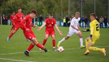 Marlon Ludwig und Kimi Merk im Heimspiel der U17 gegen den FSV Frankfurt