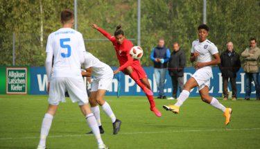 Adrian Colon im Heimspiel der U17 gegen den FSV Frankfurt