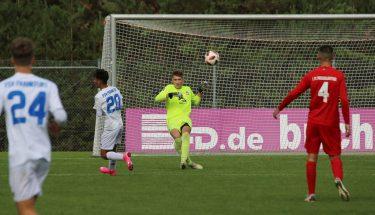 Maurice Schamber im Heimspiel der U17 gegen den FSV Frankfurt