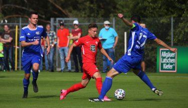 Maxi Fesser beim 4:1-Heimsieg der U21 gegen den TSV Emmelshausen