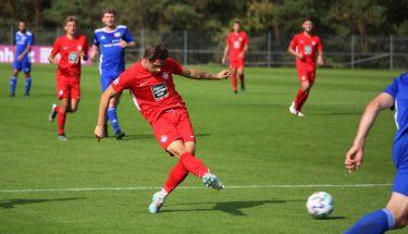 Robin Kölle beim 4:1-Heimsieg der U21 gegen den TSV Emmelshausen