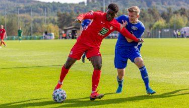 Dylan Esmel beim 4:1-Heimsieg der U21 gegen den TSV Emmelshausen