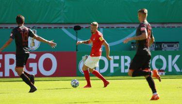 Janik Bachmann im Pokalspiel gegen Jahn Regensburg