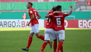 Torjubel nach dem 1:1 im Pokalspiel gegen Jahn Regensburg