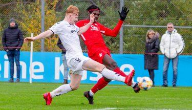 Saydou Bangura im Heimspiel der U19 gegen den SC Freiburg
