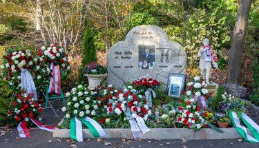 Das Grab von Fritz und Italia Walter