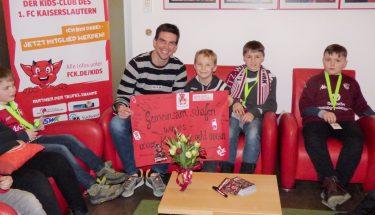 Christoph Moritz besuchte zum Heimspiel gegen den SV Sandhausen die TEUFELSBANDE