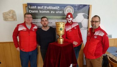 Die Replik des DFB-Pokal gastierte in Ludwigshafen beim ASV 05 Edigheim